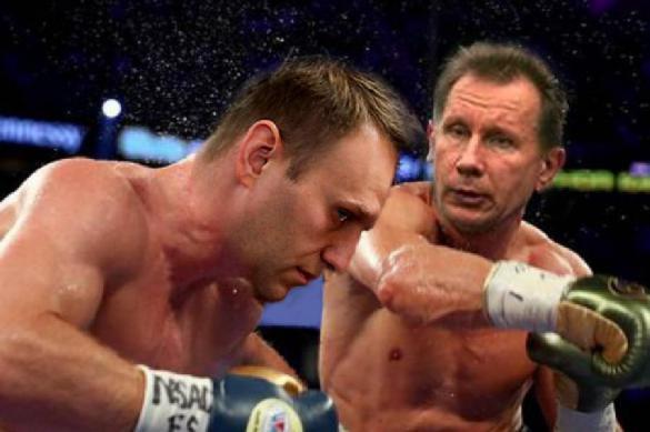Наконец Навальный ответил Золотову