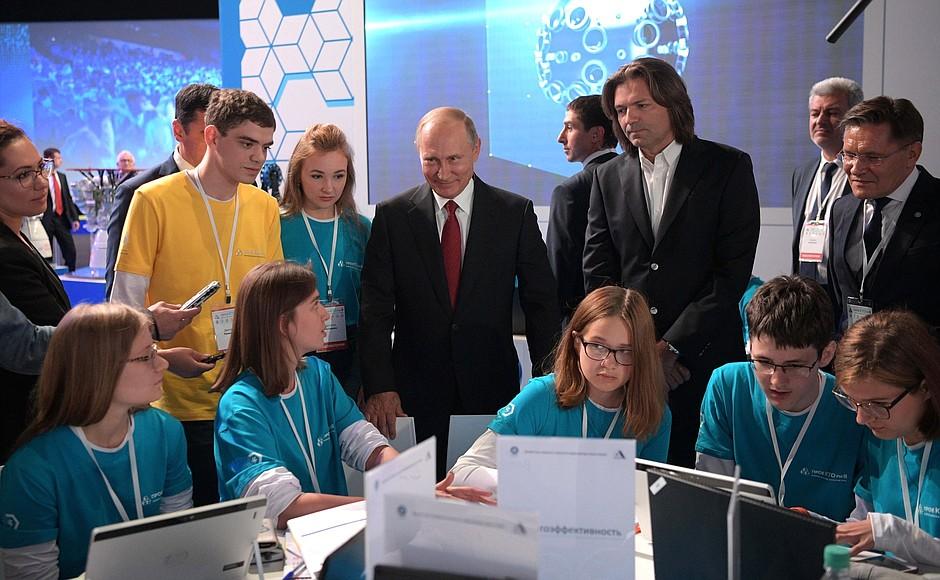 Путин рассказал о сложностях с математикой в школьные годы