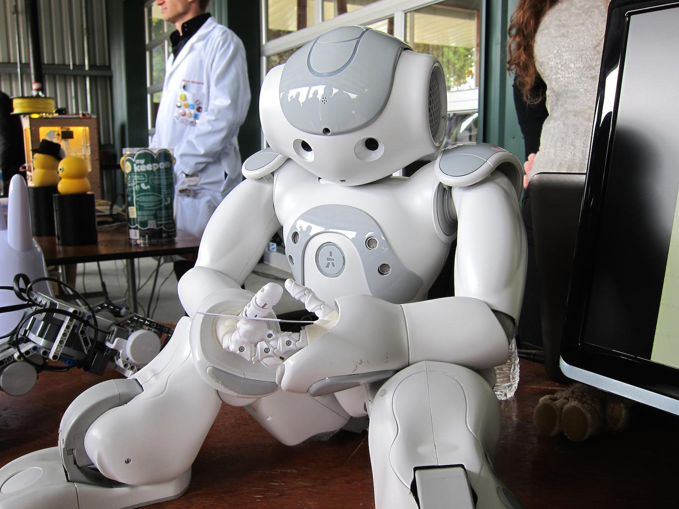 На технологическом форуме самым современным роботом оказался аниматор Алеша