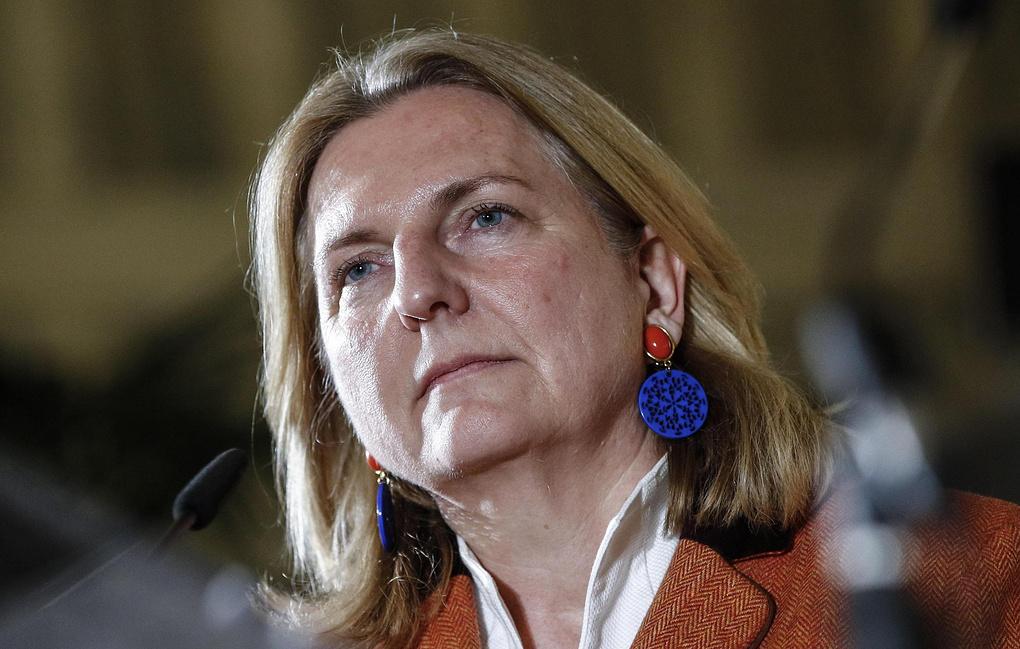 Глава МИД Австрии отменила визитвРоссию