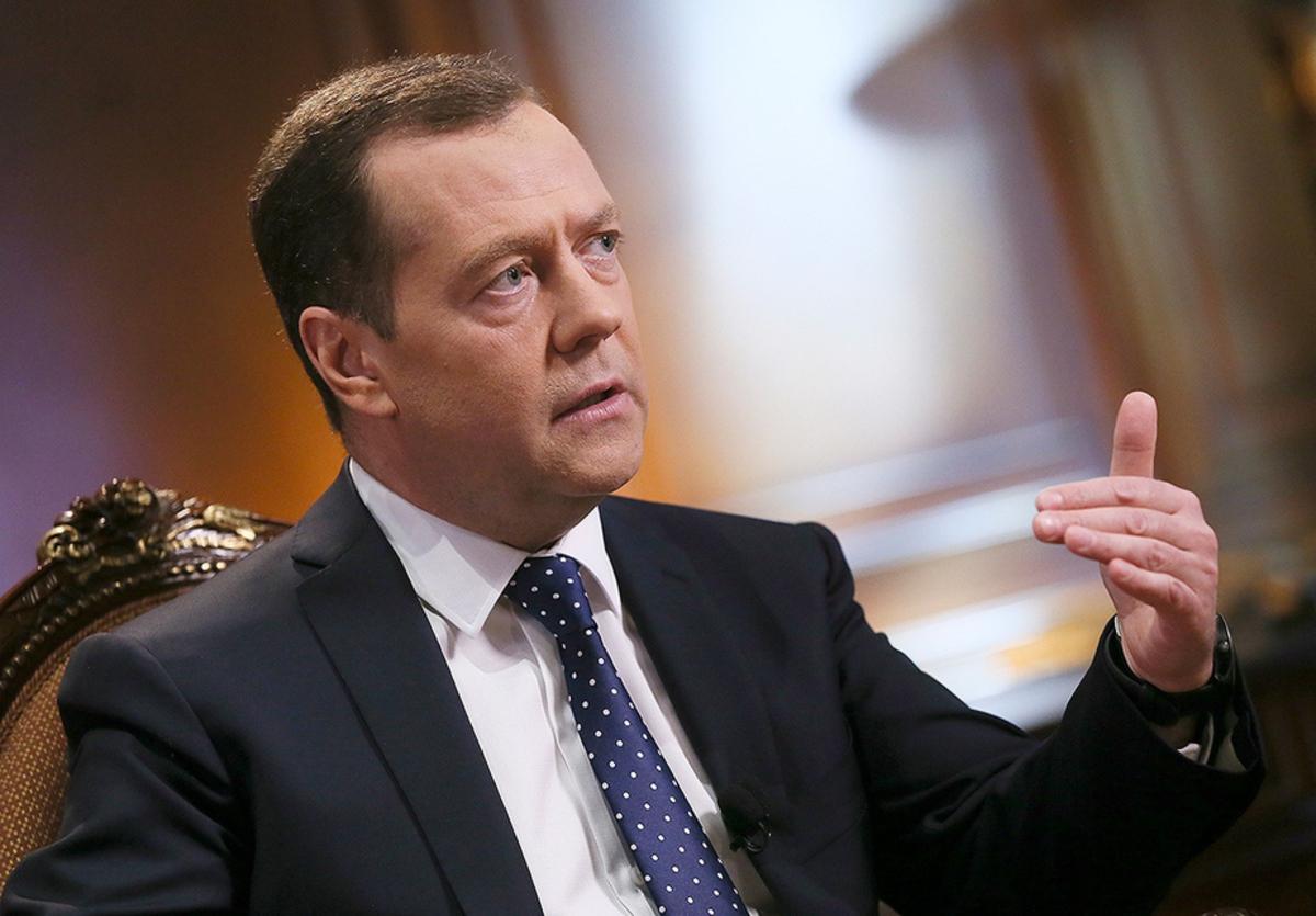 Не верю!: Медведев высказался о шансах Порошенко на победу