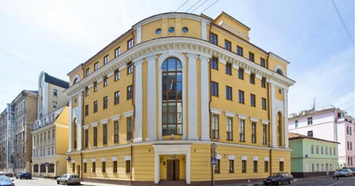 Труп женщины обнаружен в школе Олега Табакова