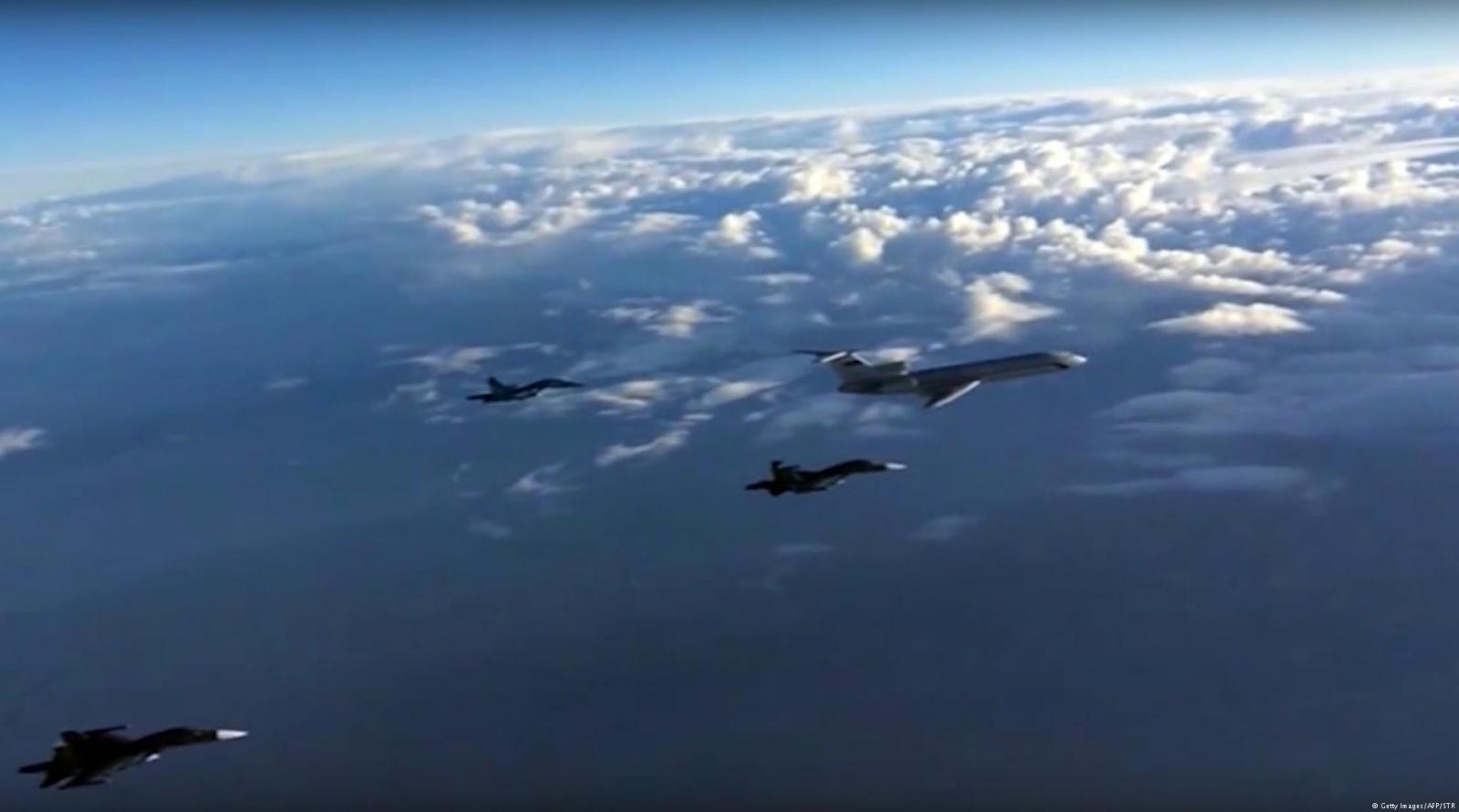 Российский самолёт с14 военными пропал над Средиземным морем