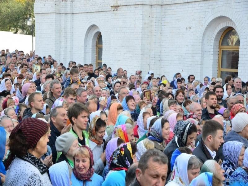 В Брянске сегодня прошли торжественные богослужения