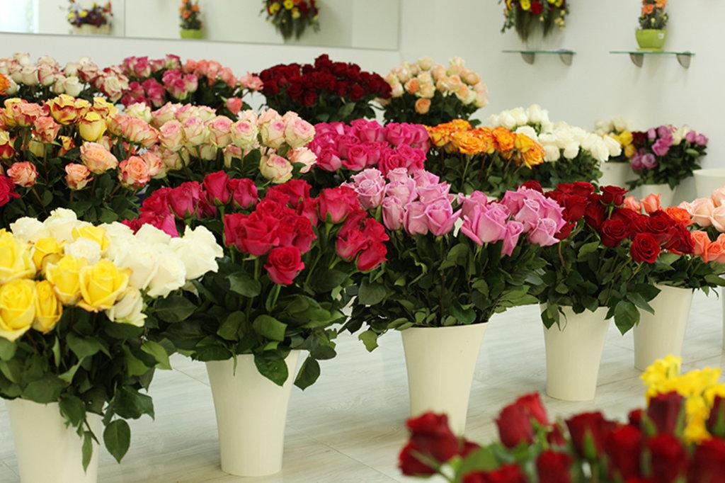 На Украину вернули 1500 роз