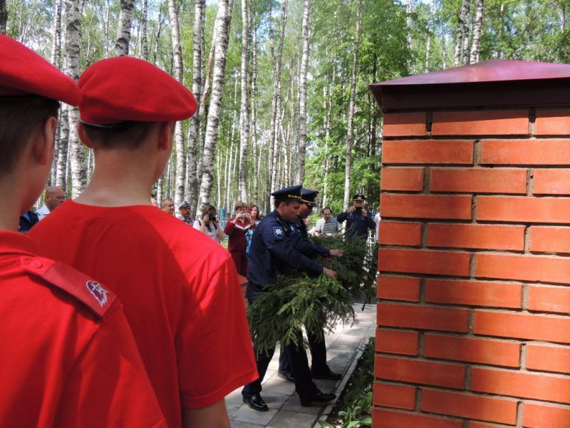 В брянском поселке Сеща увековечат память героя-летчика