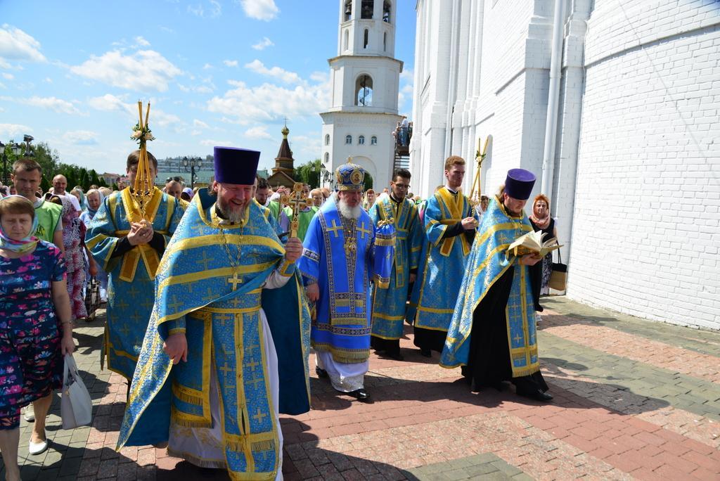 В Брянске отметили праздник Казанской иконы Божией Матери
