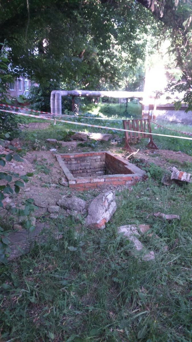 Жители Брянска нашли опасный коллектор