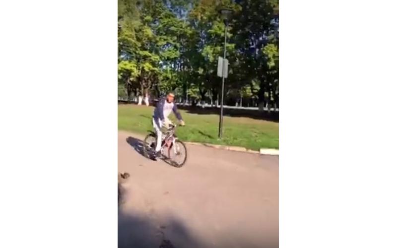 Глава города Брянска показал как проводит утро выходного дня