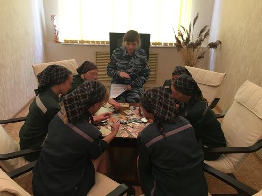 В брянской колонии-поселения женщин перевоспитывают сказками