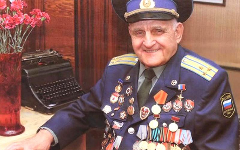 Скончался почетный гражданин Брянска, прославленный летчик Иван Леонов