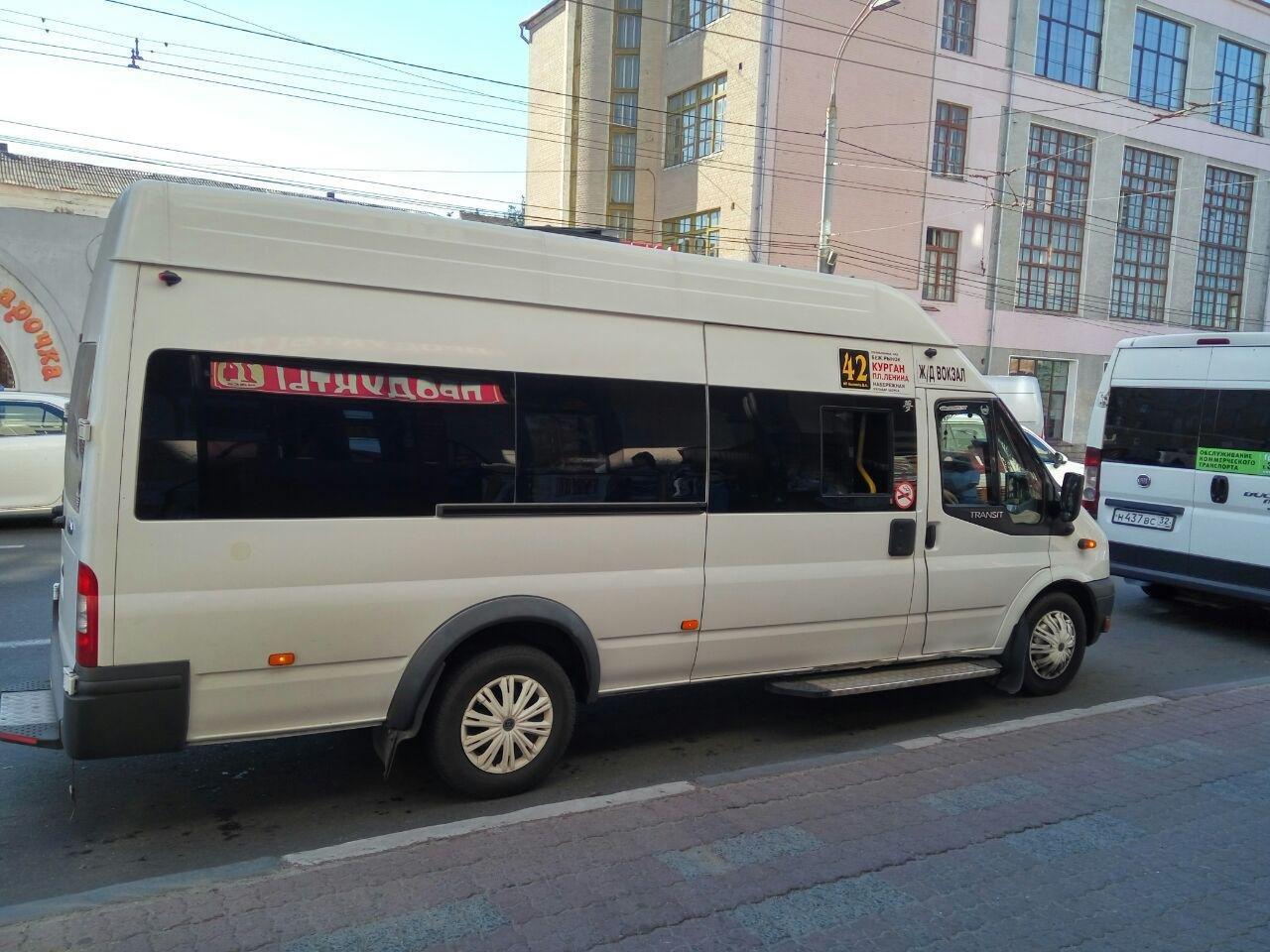 Жители окраины Володарки просят больше, чем одну маршрутку