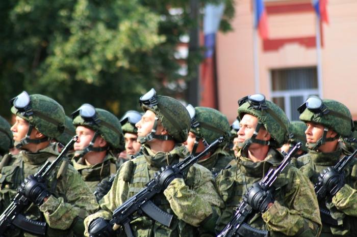 В воинской части Клинцов солдат пытался свести счеты с жизнью