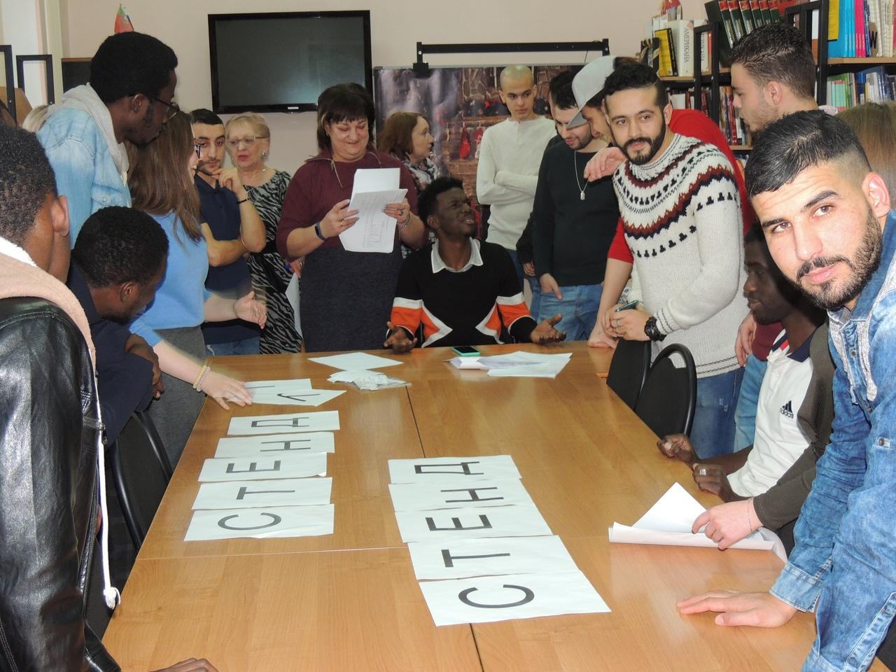 Татьянин день в брянской библиотеке весело отметили студенты