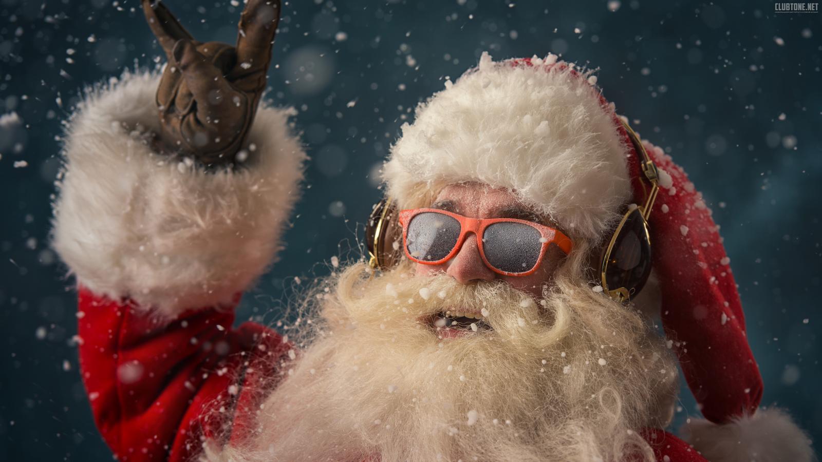«Снюсы» брянцам уже подсовывают Дед Мороз со Снегуркой