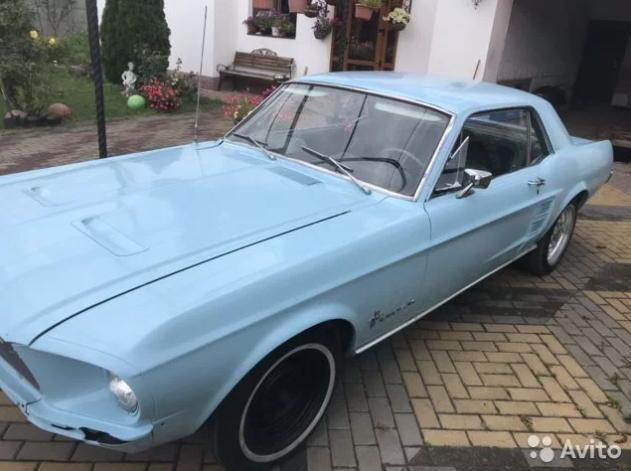 Культовый автомобиль Ford Mustang продают в Брянске