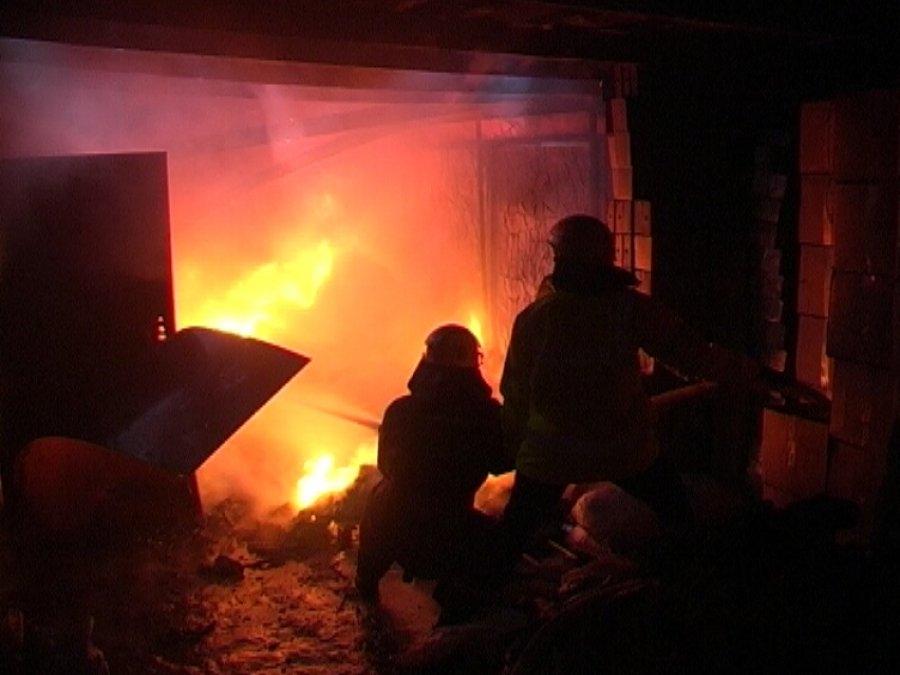 На улице Абашева в Брянске потушили гараж