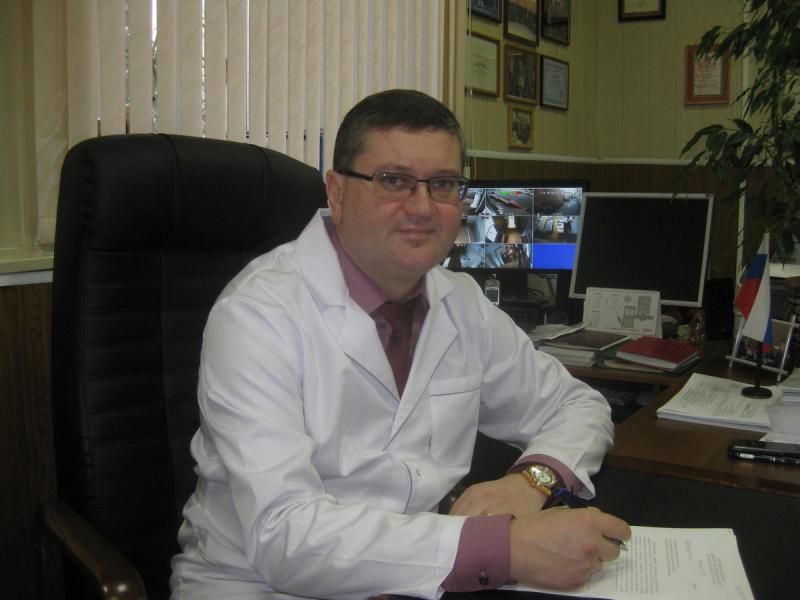 Главный брянский нарколог стал заслуженным врачом России