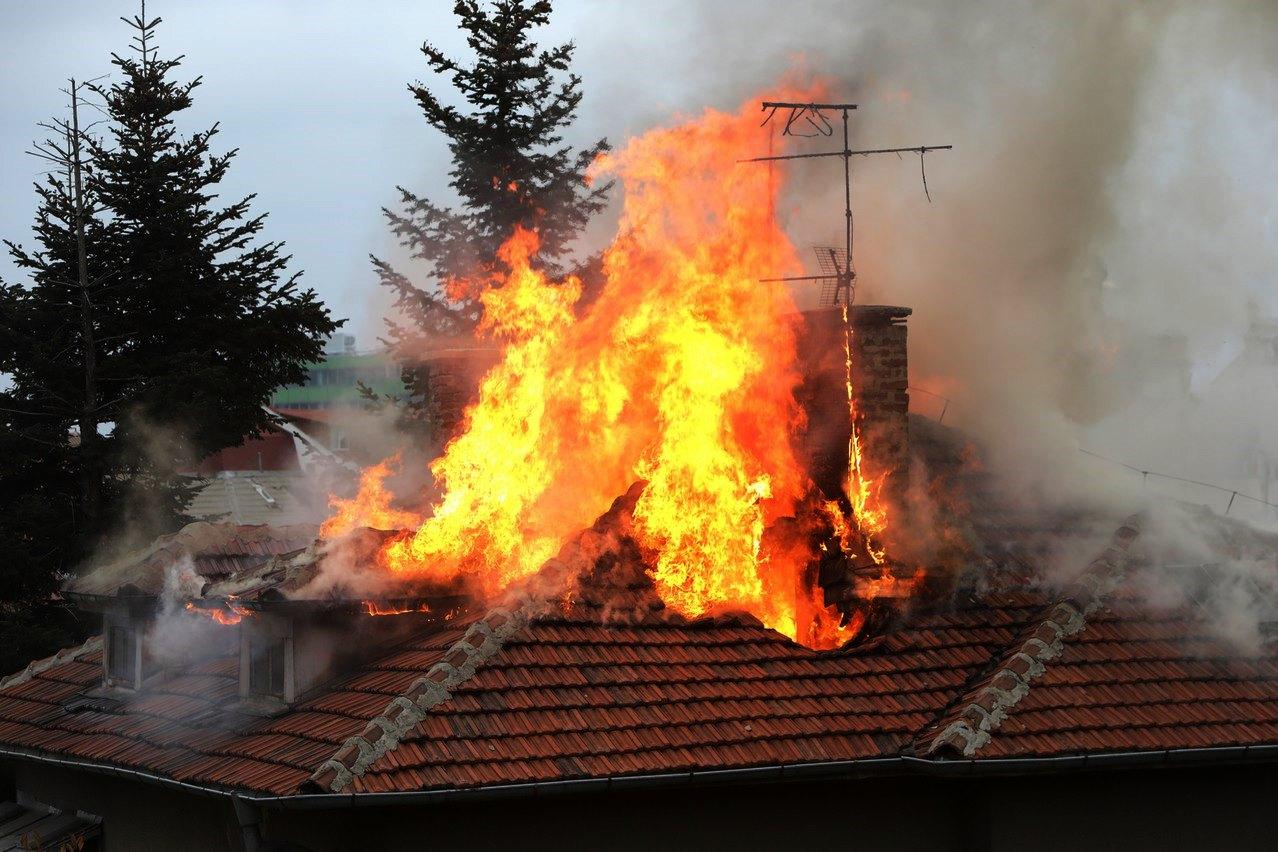 В Навле этим вечером пылал дом