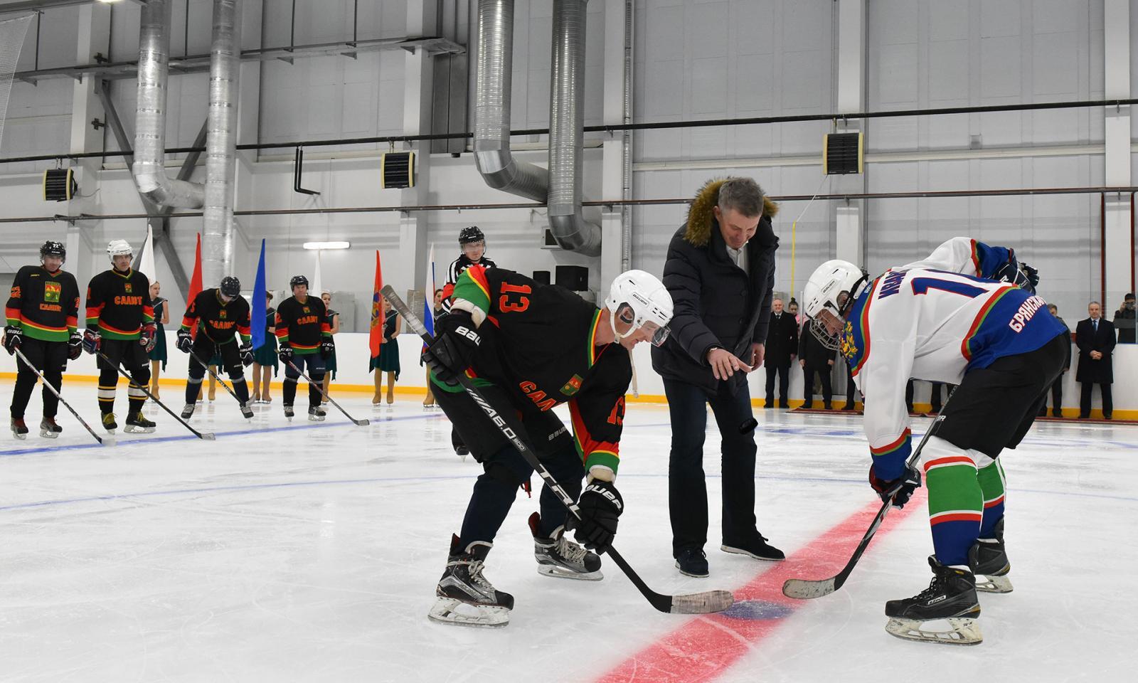 В Суземке открылся отборочный Всероссийского фестиваля хоккея