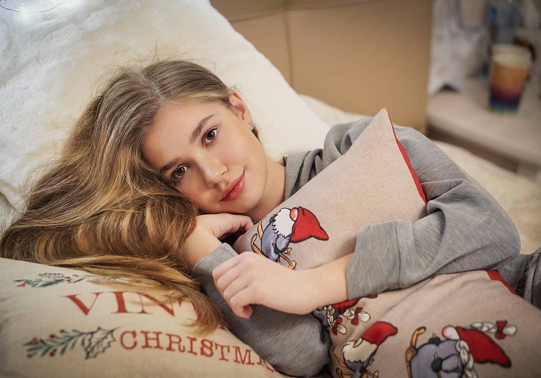 Анастасия Гладилина записала новую песню