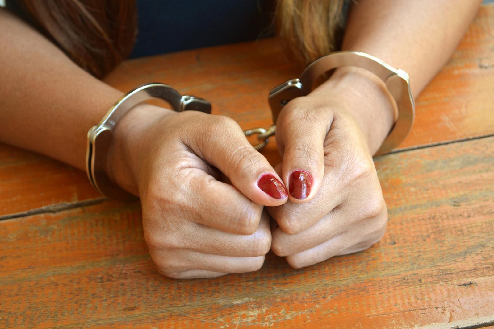 В Белых Берегах магазин ограбила молодая рецидивистка
