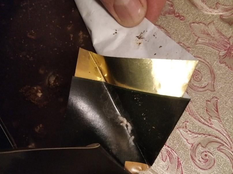 Опарыши в шоколаде чуть не достались брянским детям