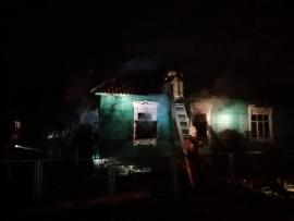 На Карачиже сгорел дом