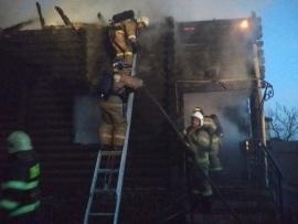 В Добруни сгорел дом, есть пострадавший