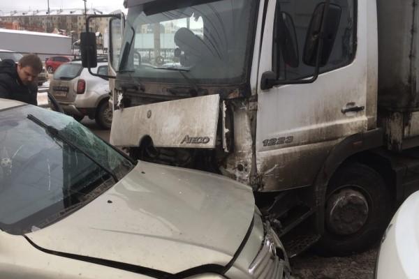 В Калуге брянский водитель устроил транспортный апокалипсис