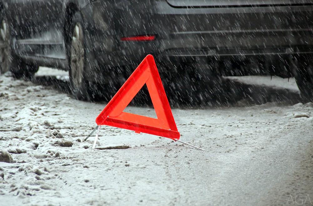 Микроавтобус в Выгоничах раздавил лежащего на трассе мужчину