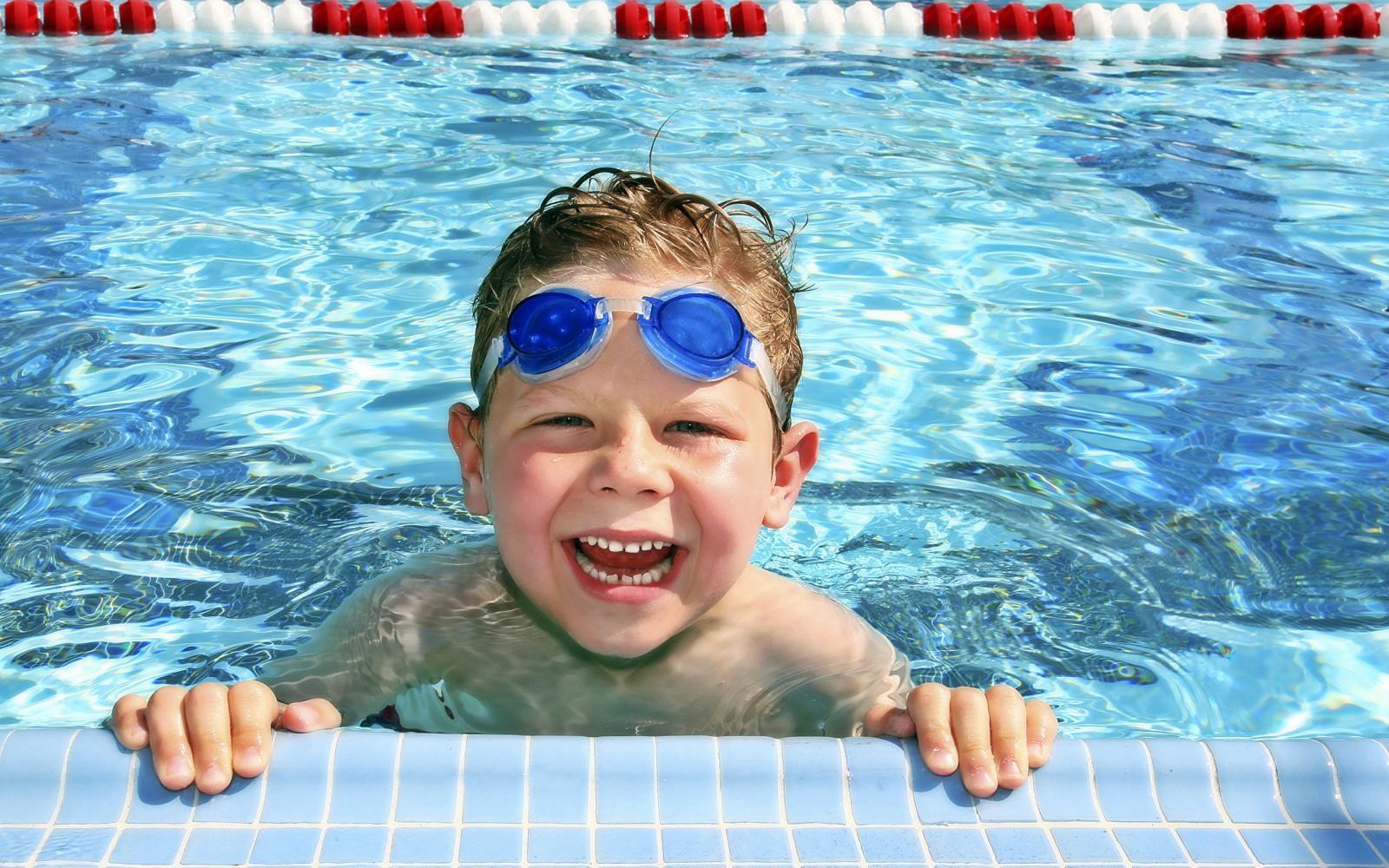 В Бежице строят спорткомплекс с бассейном