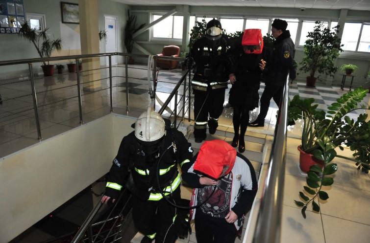 Сегодня в Брянске эвакуировали Ледовый дворец