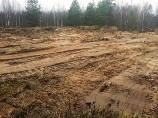 В Клетне под свалками откопали земли сельхозназначения