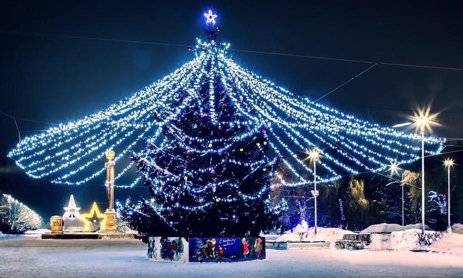 Около тридцати инсталляций обещают Брянску к праздникам