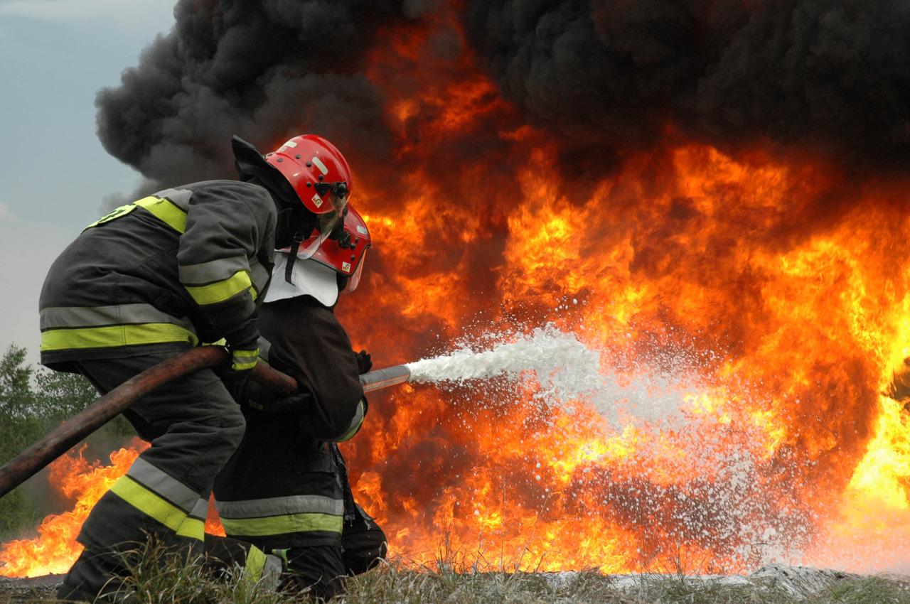 В Дубровском районе Брянской области сгорел сарай