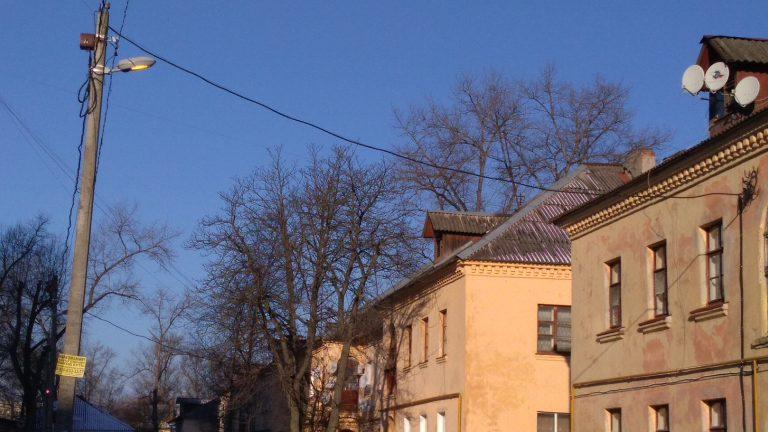 На улице Афанасьева в Брянске установили пять светильников