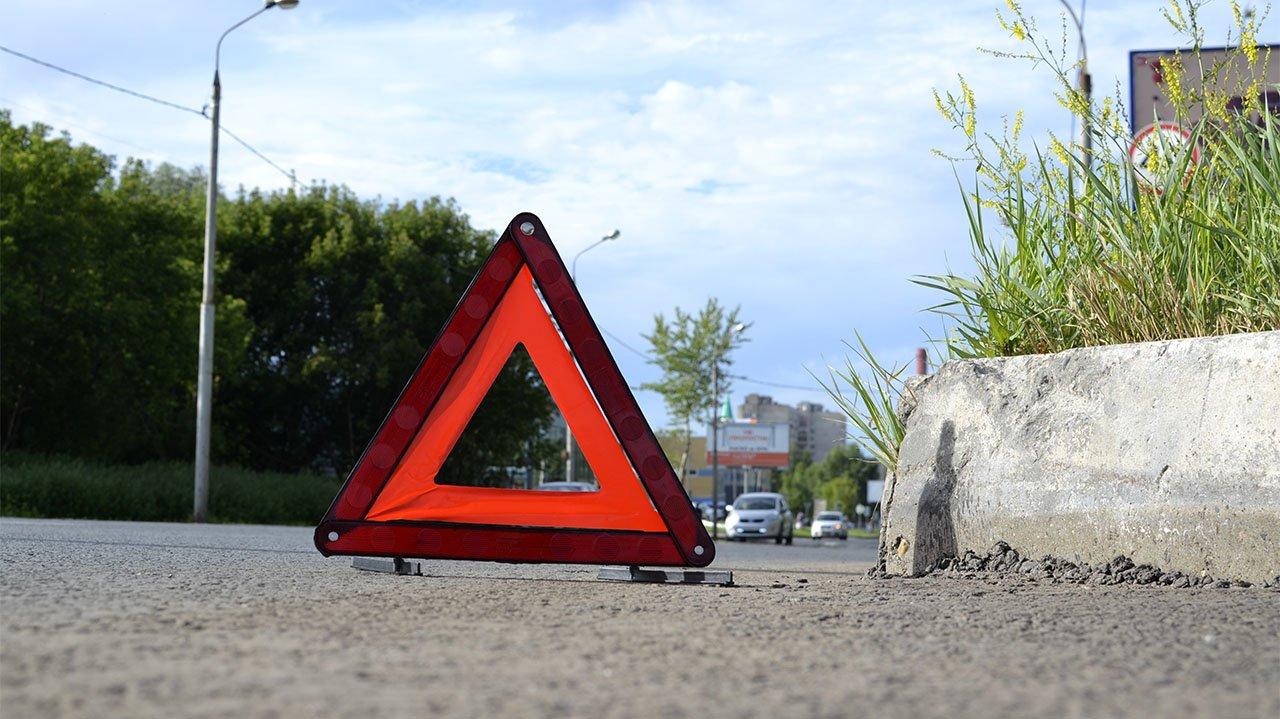 В Брянске водитель сбил подростка и скрылся