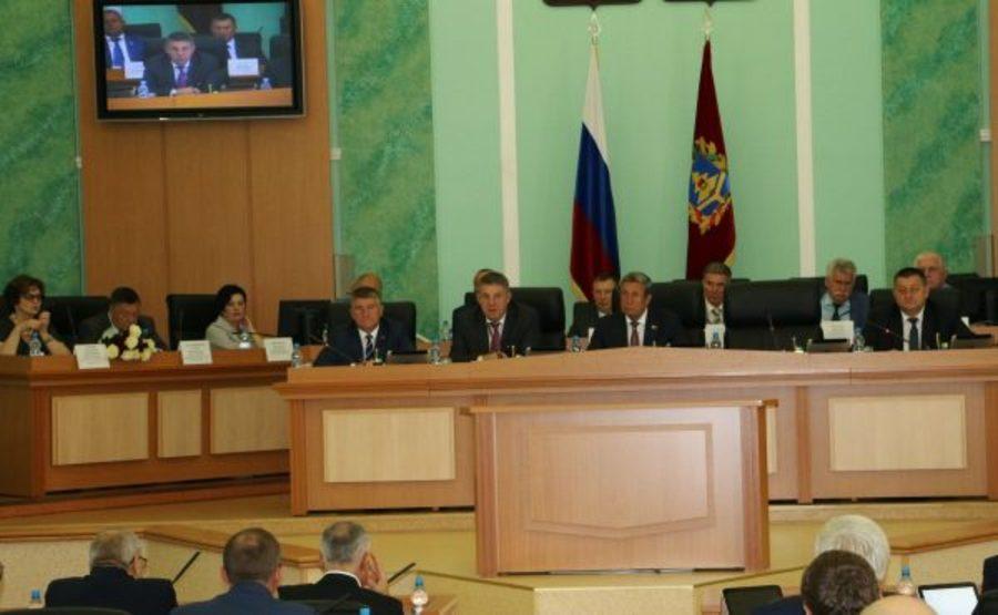 Брянским медикам выделят 500 миллионов рублей на жилье