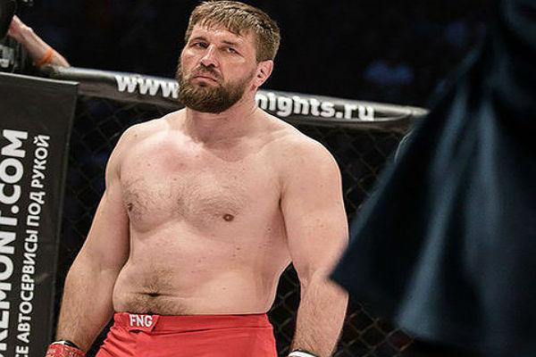 О контракте на следующий бой рассказал брянский спортсмен Виталий Минаков