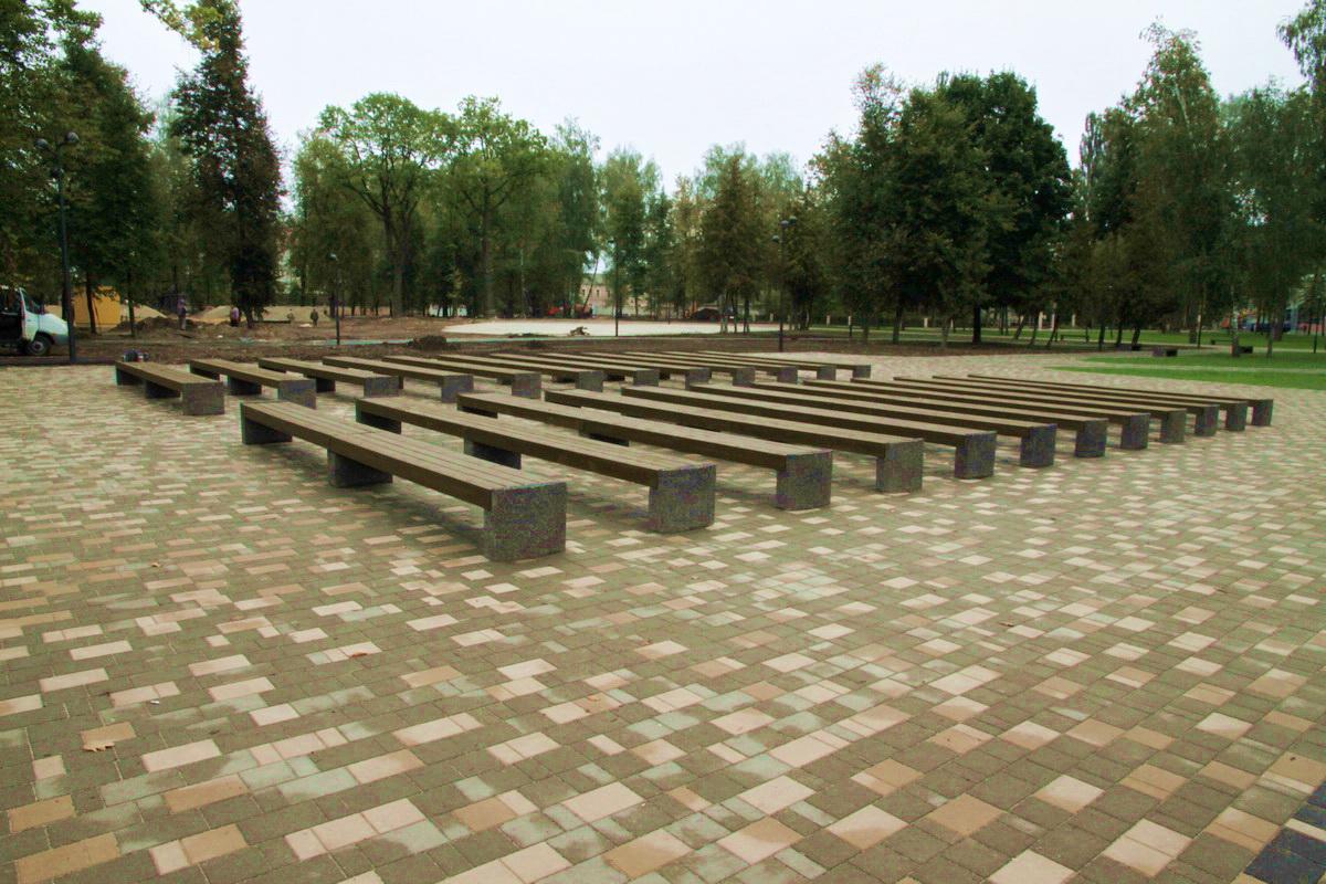 Майский парк в Брянске отремонтирован на 80%