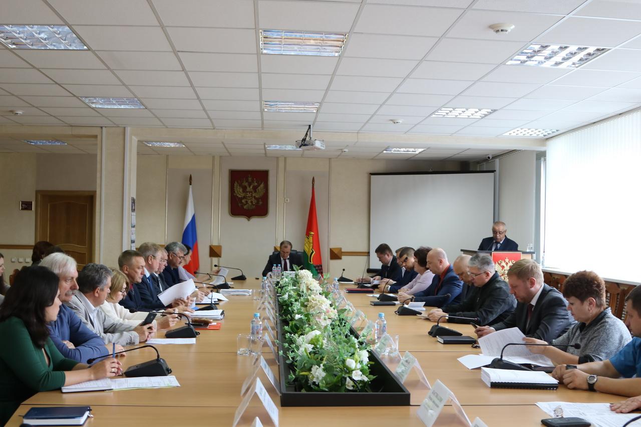 За полгода брянцев оштрафовали на 4,5 миллиона рублей