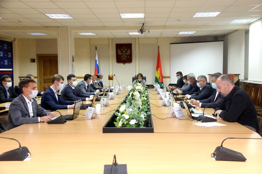 27 октября состоялось очередное заседание вБрянском городском Совете народных депутатов