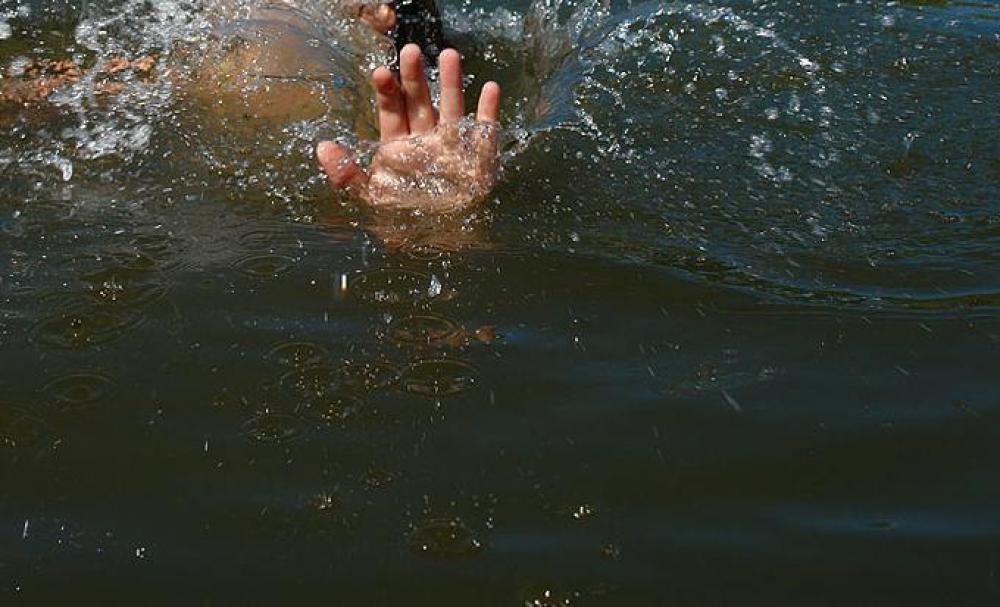 Из озера в Новозыбкове водолазы подняли тело 30-летнего мужчины