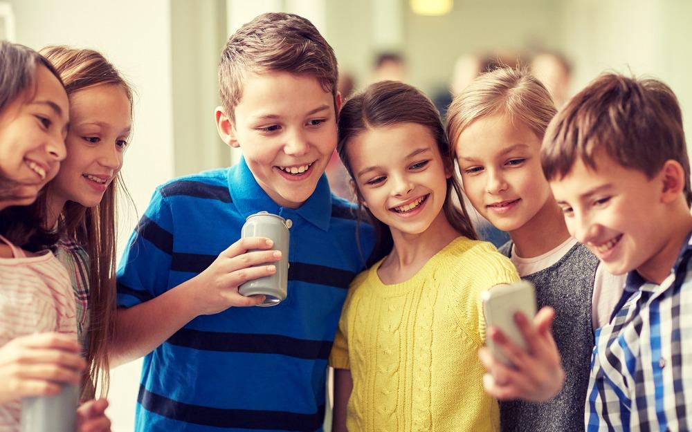 Скоро вшколу: как выбрать мобильный тариф для ребенка