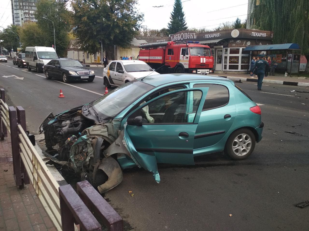 В Брянске рассказали о пострадавших в субботнем ДТП с маршруткой