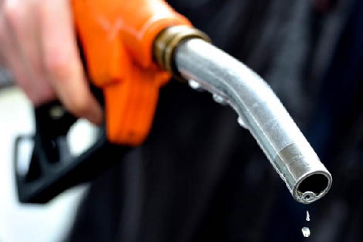 Брянская область оказалась на последних местах в рейтинге доступности бензина