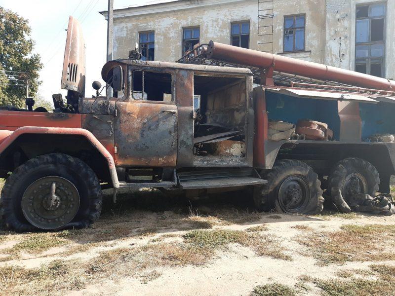 На пожаре под Брянском сгорела пожарная машина