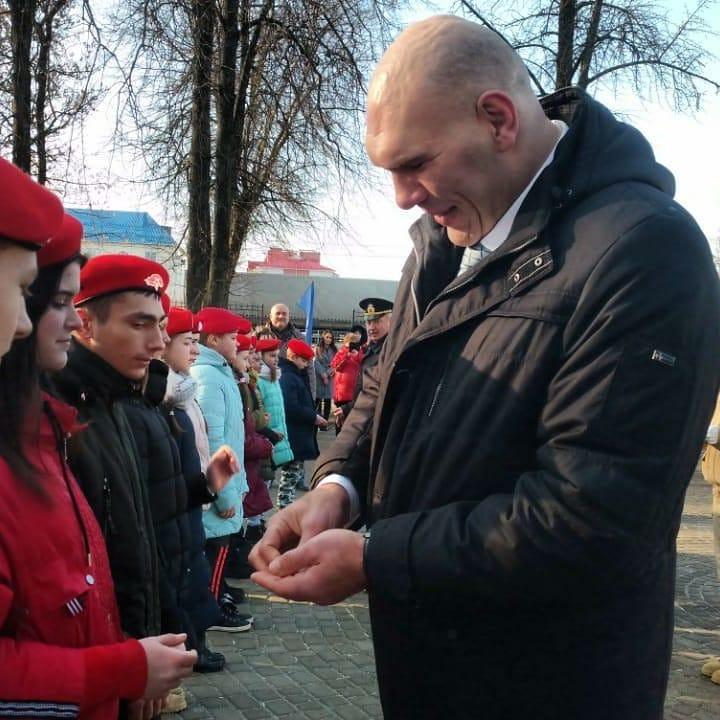 Фестиваль ГТО Брянского района посетил Николай Валуев