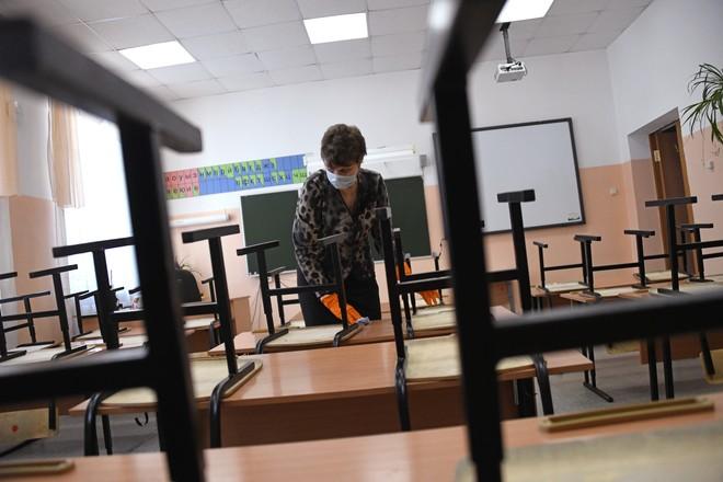 В Брянской области из-за ОРВИ закрыли три класса в двух школах